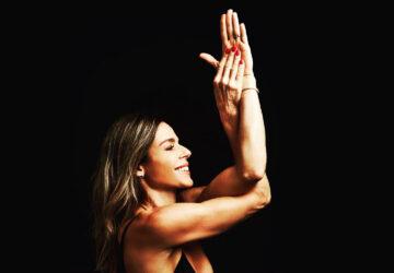 adriana camargo yoga