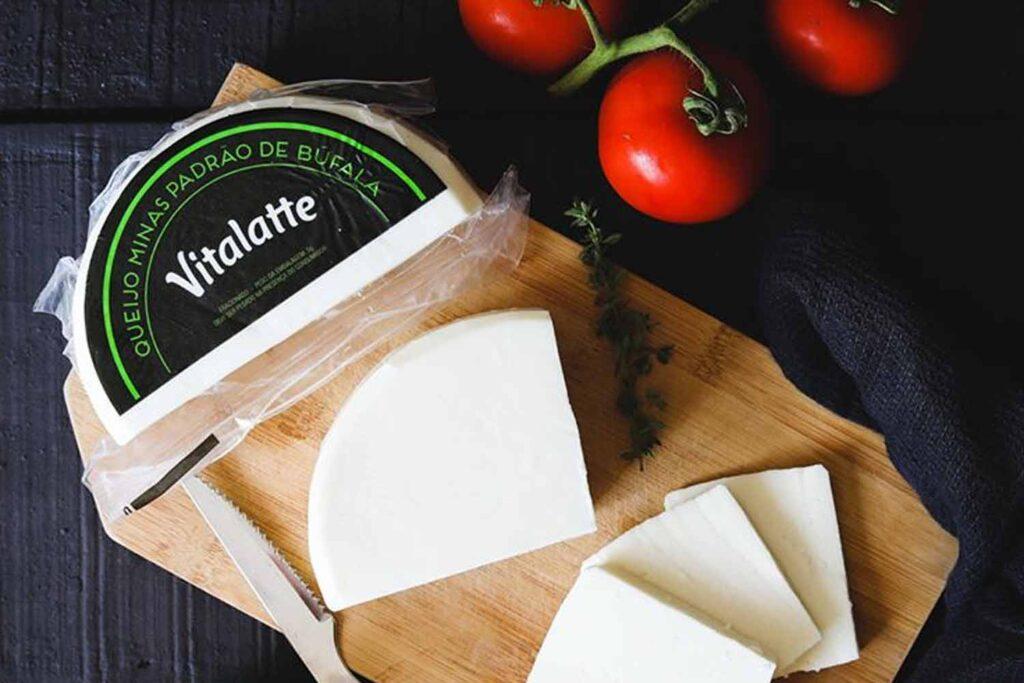 queijo minas padrão de búfala vitalatte
